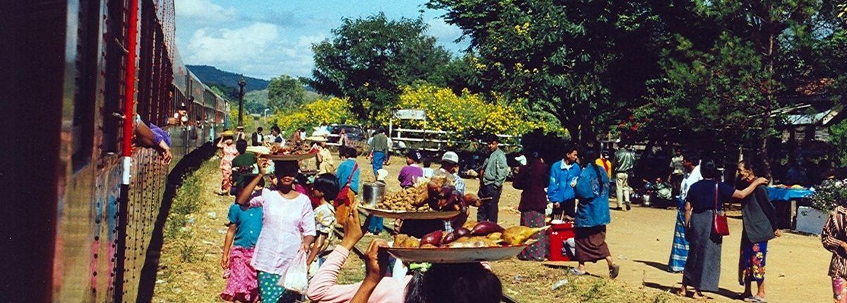 Essenspause zwischen Pyin U Lwin und Hsipaw
