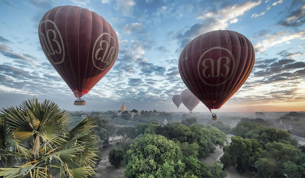 Ballons in Bagan Myanmar